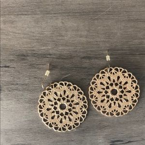 GOLD MEDALLION CIRCLE EARRINGS